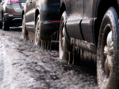 The Pros & Cons Of Salting the Asphalt